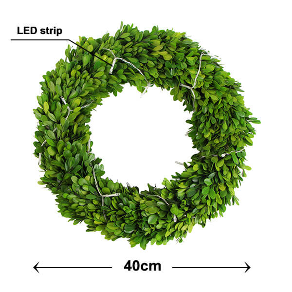 size of preserved boxwood wreath