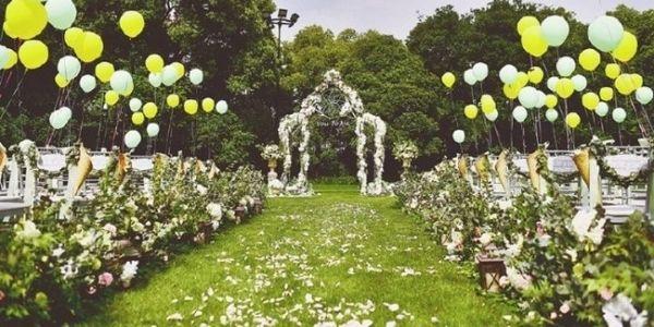 chic stylish wedding decoration with soft tones