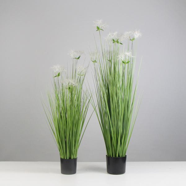 Faux-Onion-Plants-with-Gypsophila