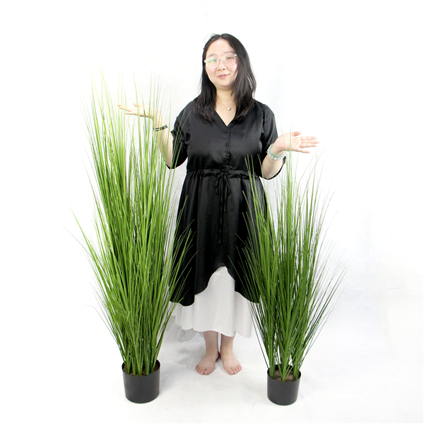 different size of artificial plant tree