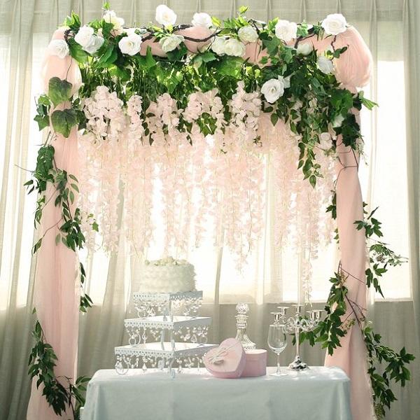 floral garland for wedding decor