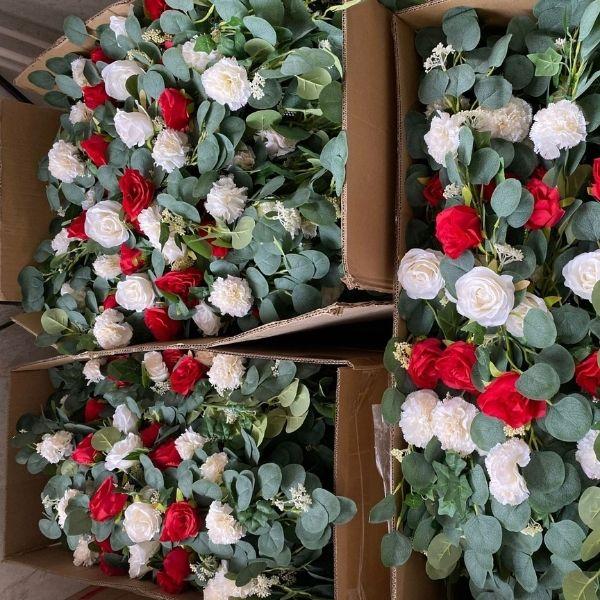 silk flower wreath supplier